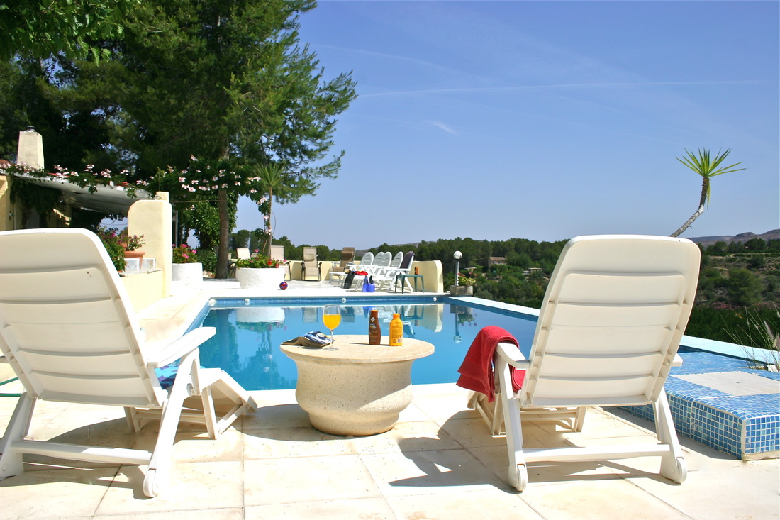 Company retreat venues - retreat villa