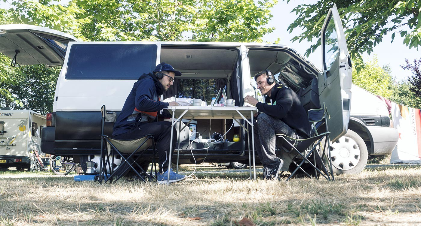 Stephan and Simon working